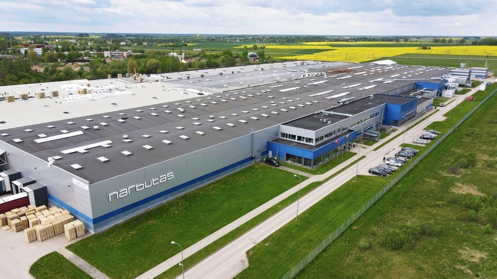 Alle Narbutas-Möbel werden ausschließlich in der Produktionsanlage des Unternehmens in Litauen produziert. Abbildung: Narbutas