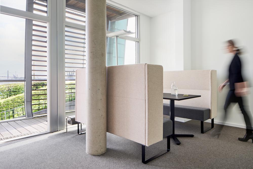 In den Räumen entstand eine aktivitätsbasierte Umgebung mit Räumen für verschiedene Tätigkeiten. Abbildung: Kinnarps/Annika Feuss