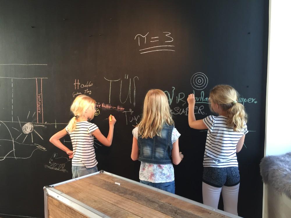 Im Innovation Space des TÜV Rheinland sind Kinder jederzeit willkommen. Abbildung: NEU – Gesellschaft für Innovation mbH